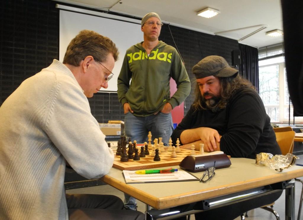 Brett 1 Wilfried Bode 1/2 - 1/2 Andreas Liebau