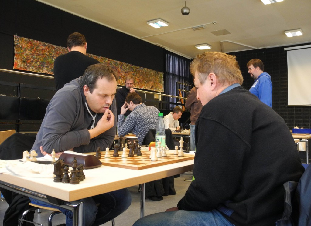 Brett 7 Igor Belov 0 - 1 Dr. Martin Ploog