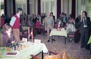 Heinz-Jürgen Gieseke (stehend rechts)