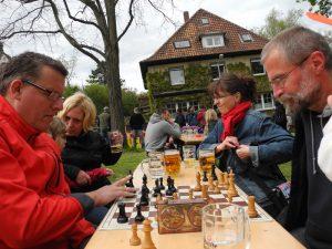 Beim Training: Bernd (Weiß) gegen Uwe