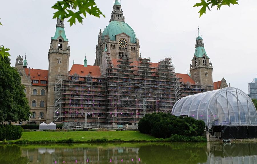 Rathaus-02